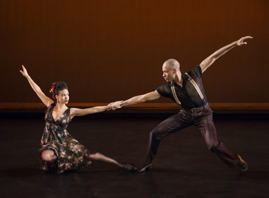 Piazzolla Caldera Choreography: Paul Taylor Alvin Ailey American Dance Theater Credit Photo: Paul Kolnik studio@paulkolnik.com nyc 212-362-7778